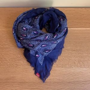 NWOT Levi's light weight floral square scarf
